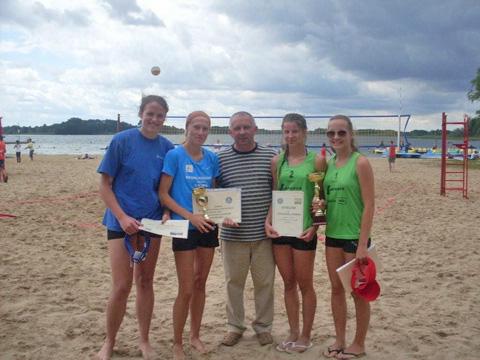 Pary z Trzemeszna najlepsze w V Turnieju Plażowej Piłki Siatkowej w Skorzęcinie!